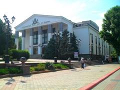 театр Пушкина-1.jpg